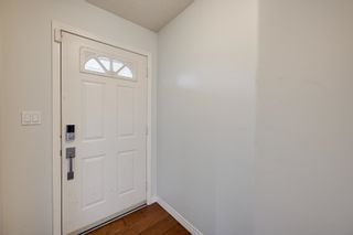 Photo 2: 227 FERGUSON Place in Edmonton: Zone 14 House for sale : MLS®# E4256988