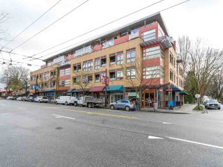 """Photo 1: 314 2250 COMMERCIAL Drive in Vancouver: Grandview VE Condo for sale in """"Marquee on Commercial"""" (Vancouver East)  : MLS®# R2154734"""