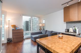 "Photo 10: 1502 565 SMITHE Street in Vancouver: Downtown VW Condo for sale in ""Vita"" (Vancouver West)  : MLS®# R2435057"
