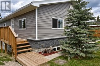 Photo 5: 112 Fir Avenue in Hinton: House for sale : MLS®# A1107925