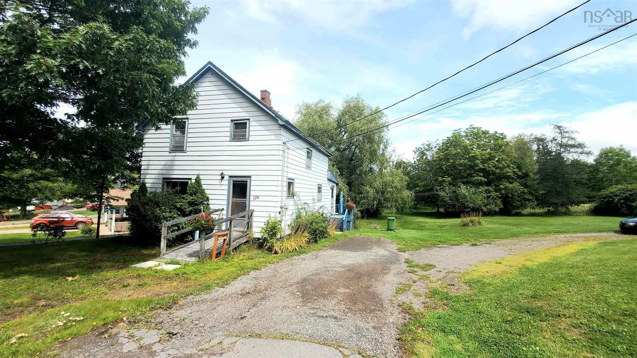 Photo 2: Photos: 179 Gaspereau Avenue in Wolfville: 404-Kings County Residential for sale (Annapolis Valley)  : MLS®# 202120571