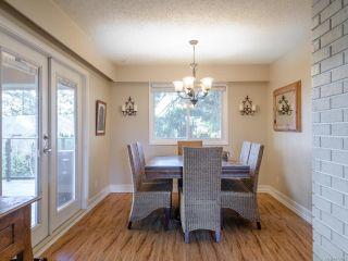 Photo 3: 1937 Cougar Cres in COMOX: CV Comox (Town of) House for sale (Comox Valley)  : MLS®# 833896