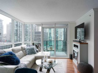 """Photo 9: 1006 1189 MELVILLE Street in Vancouver: Coal Harbour Condo for sale in """"The Melville"""" (Vancouver West)  : MLS®# R2519341"""