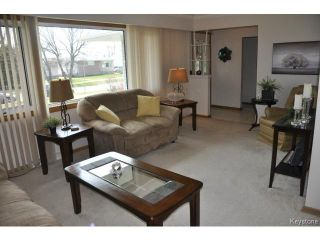Photo 5: 410 Ainslie Street in WINNIPEG: St James Residential for sale (West Winnipeg)  : MLS®# 1410812