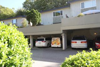 """Photo 7: 204 9061 HORNE Street in Burnaby: Government Road Townhouse for sale in """"City Point"""" (Burnaby North)  : MLS®# R2208964"""