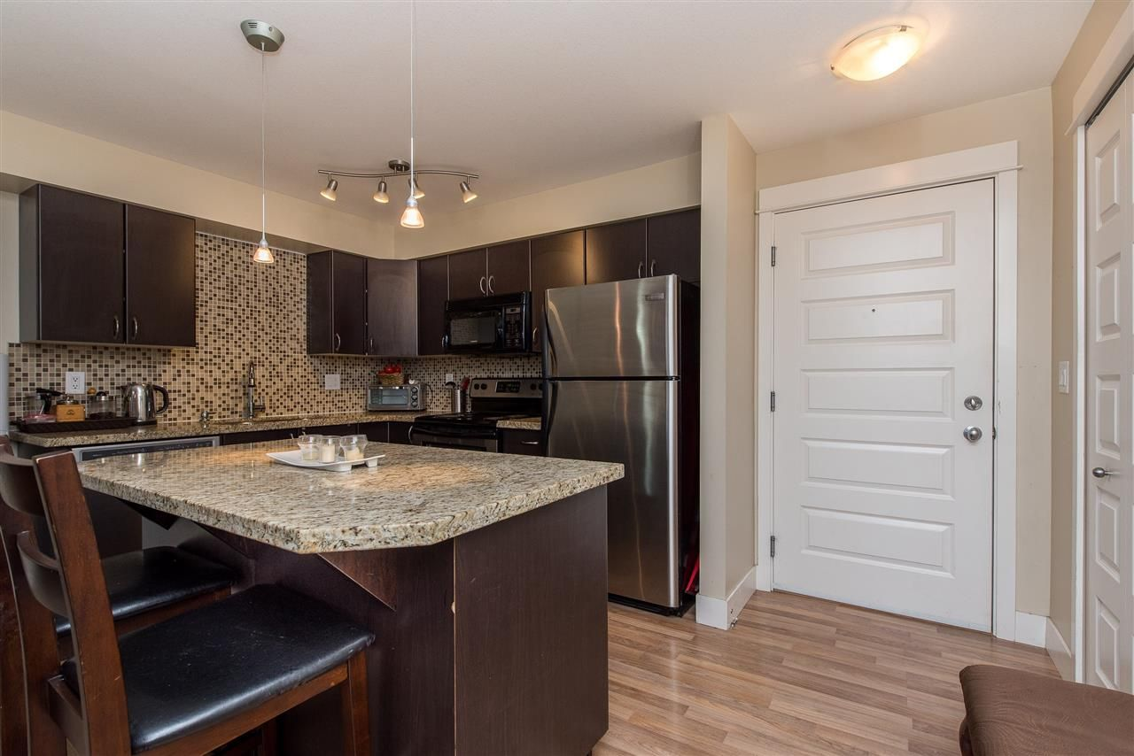 """Photo 2: Photos: 221 2515 PARK Drive in Abbotsford: Abbotsford East Condo for sale in """"Viva on Park"""" : MLS®# R2428656"""