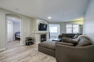 """Photo 11: 104 20125 55A Avenue in Langley: Langley City Condo for sale in """"Blackberry II"""" : MLS®# R2484759"""