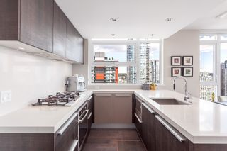 "Photo 1: 2107 1351 CONTINENTAL Street in Vancouver: Downtown VW Condo for sale in ""MADDOX"" (Vancouver West)  : MLS®# V1135882"