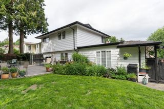 """Photo 39: 5815 170A Street in Surrey: Cloverdale BC House for sale in """"Jersey Hills West Cloverdale"""" (Cloverdale)  : MLS®# R2084016"""