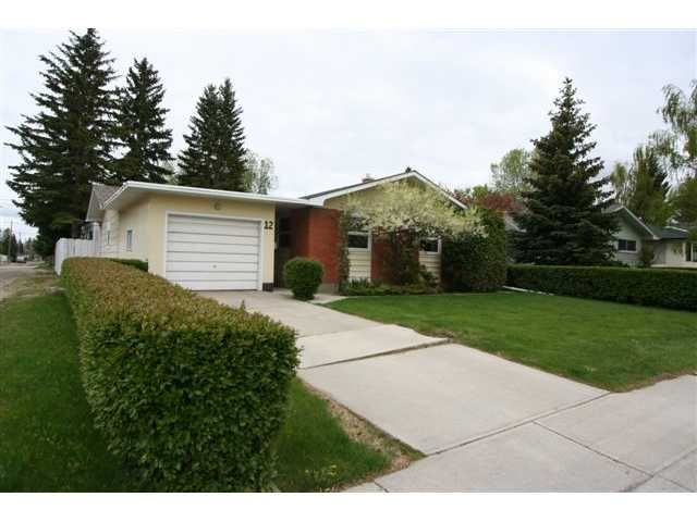 Main Photo: 12 BROWN Crescent NW in CALGARY: Brentwood Calg Residential Detached Single Family for sale (Calgary)  : MLS®# C3524303