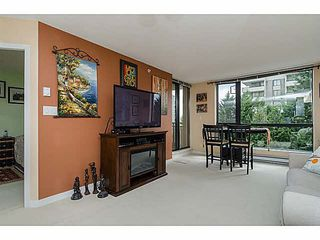"Photo 7: 606 7225 ACORN Avenue in Burnaby: Highgate Condo for sale in ""Axis"" (Burnaby South)  : MLS®# V1142352"