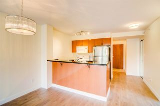 """Photo 7: 710 2763 CHANDLERY Place in Vancouver: Fraserview VE Condo for sale in """"RIVERDANCE"""" (Vancouver East)  : MLS®# R2243986"""