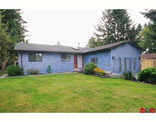 Main Photo: 9072 148TH Street in Surrey: Bear Creek Green Timbers House for sale : MLS®# F2921320