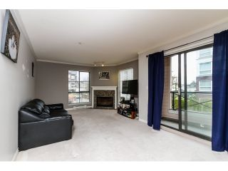 """Photo 3: 212 2357 WHYTE Avenue in Port Coquitlam: Central Pt Coquitlam Condo for sale in """"RIVERSIDE PLACE"""" : MLS®# R2043083"""