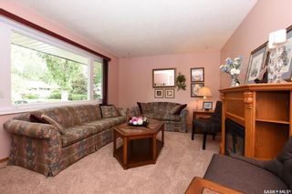 Photo 3: 121 McKee Crescent in Regina: Whitmore Park Residential for sale : MLS®# SK740847