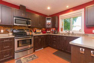 Photo 8: B 904 Old Esquimalt Rd in : Es Old Esquimalt Half Duplex for sale (Esquimalt)  : MLS®# 877246