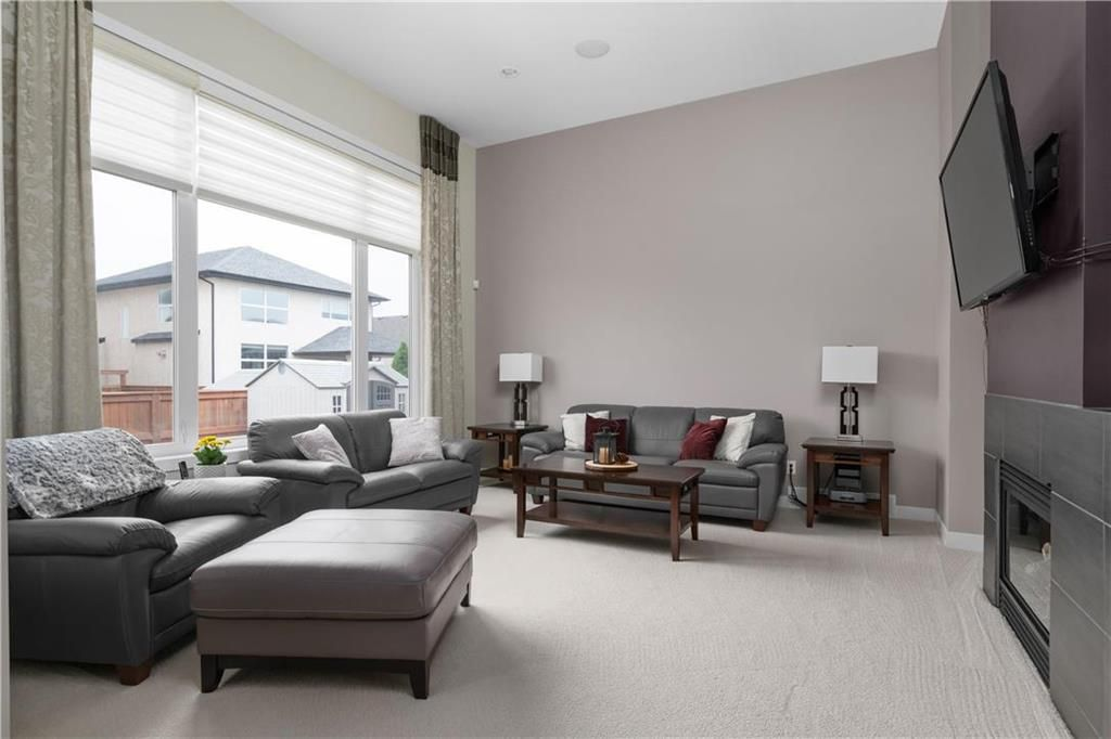 Photo 9: Photos: 22 Vestford Place in Winnipeg: South Pointe Residential for sale (1R)  : MLS®# 202116964