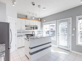 Photo 8: 526 GARRISON Square SW in Calgary: Garrison Woods Row/Townhouse for sale : MLS®# C4292186