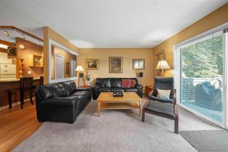 Photo 2: 243 202 WESTHILL Place in Port Moody: College Park PM Condo for sale : MLS®# R2575361