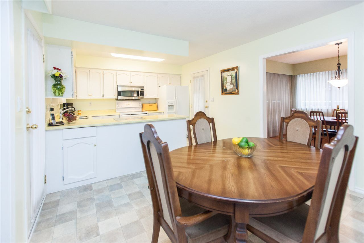 Photo 15: Photos: 8560 ARPE Crescent in Delta: Nordel House for sale (N. Delta)  : MLS®# R2027555