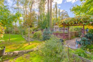 """Photo 50: 3689 LYNNDALE Crescent in Burnaby: Government Road House for sale in """"Government Road Area"""" (Burnaby North)  : MLS®# R2315113"""