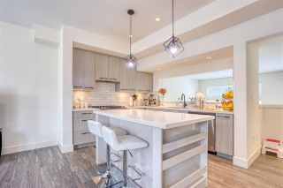"""Photo 3: 25 14057 60A Avenue in Surrey: Sullivan Station Townhouse for sale in """"Summit"""" : MLS®# R2583754"""