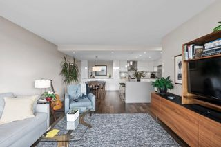 """Photo 13: 510 1490 PENNYFARTHING Drive in Vancouver: False Creek Condo for sale in """"Harbour Cove"""" (Vancouver West)  : MLS®# R2618903"""