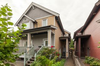 Photo 4: 1646 E 12TH Avenue in Vancouver: Grandview Woodland 1/2 Duplex for sale (Vancouver East)  : MLS®# R2611385