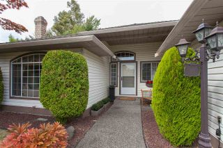 """Photo 2: 18589 62 Avenue in Surrey: Cloverdale BC House for sale in """"Eaglecrest"""" (Cloverdale)  : MLS®# R2208241"""