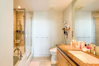"""Photo 11: 2505 1483 HOMER Street in Vancouver: Yaletown Condo for sale in """"THE WATERFORD BY CONCORD PACIFIC"""" (Vancouver West)  : MLS®# R2625455"""