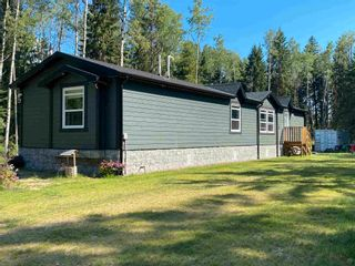 Photo 1: 2221 PROGRESS Road in Prince George: Old Summit Lake Road Manufactured Home for sale (PG City North (Zone 73))  : MLS®# R2603250