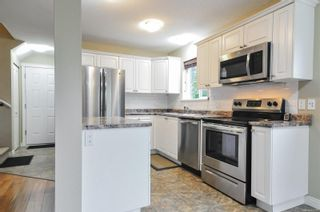 Photo 2: A 653 Otter Rd in : CR Campbell River Central Half Duplex for sale (Campbell River)  : MLS®# 860581