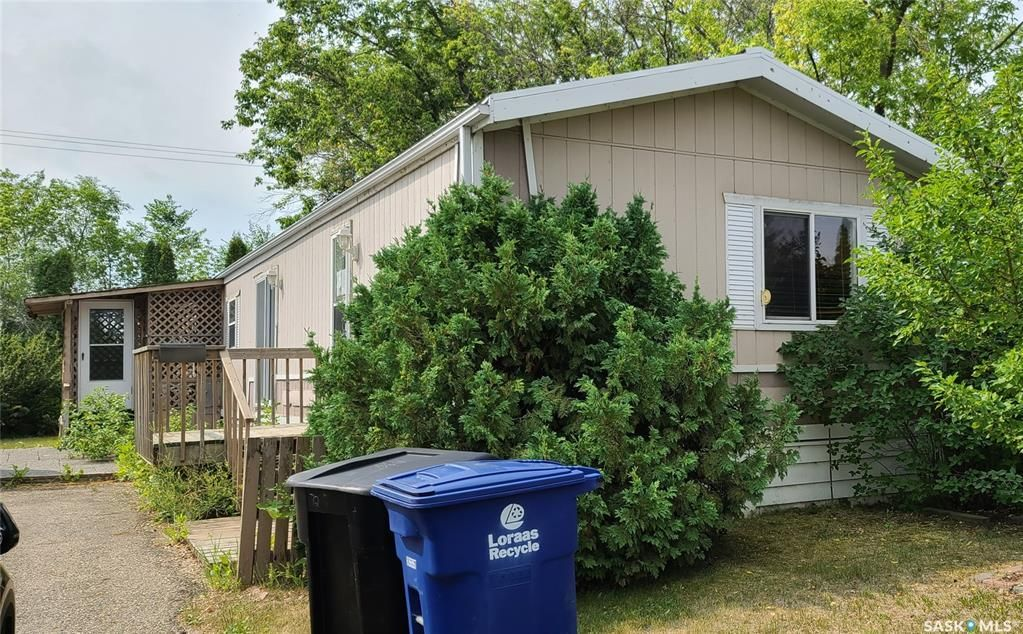 Main Photo: 72 1035 Boychuk Drive in Saskatoon: East College Park Residential for sale : MLS®# SK865368