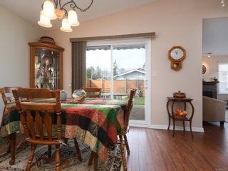 Photo 6: 2 7570 Tetayut Rd in : CS Hawthorne Manufactured Home for sale (Central Saanich)  : MLS®# 870811