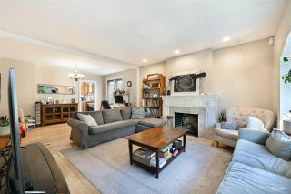 Photo 2: 3825 W 19TH Avenue in Vancouver: Dunbar House for sale (Vancouver West)  : MLS®# R2575706