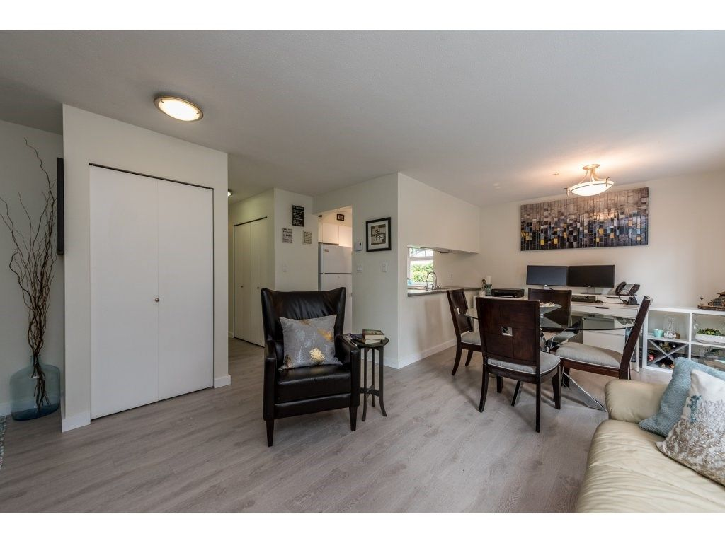 Photo 4: Photos: 1 2120 CENTRAL AVENUE in Port Coquitlam: Central Pt Coquitlam Condo for sale : MLS®# R2180338