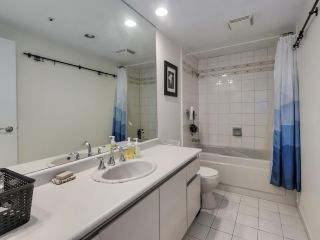 """Photo 12: 302 1008 BEACH Avenue in Vancouver: Yaletown Condo for sale in """"1000 BEACH"""" (Vancouver West)  : MLS®# R2527239"""
