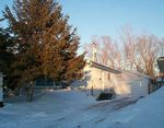 Property Photo: 907 VIMY RD in Winnipeg