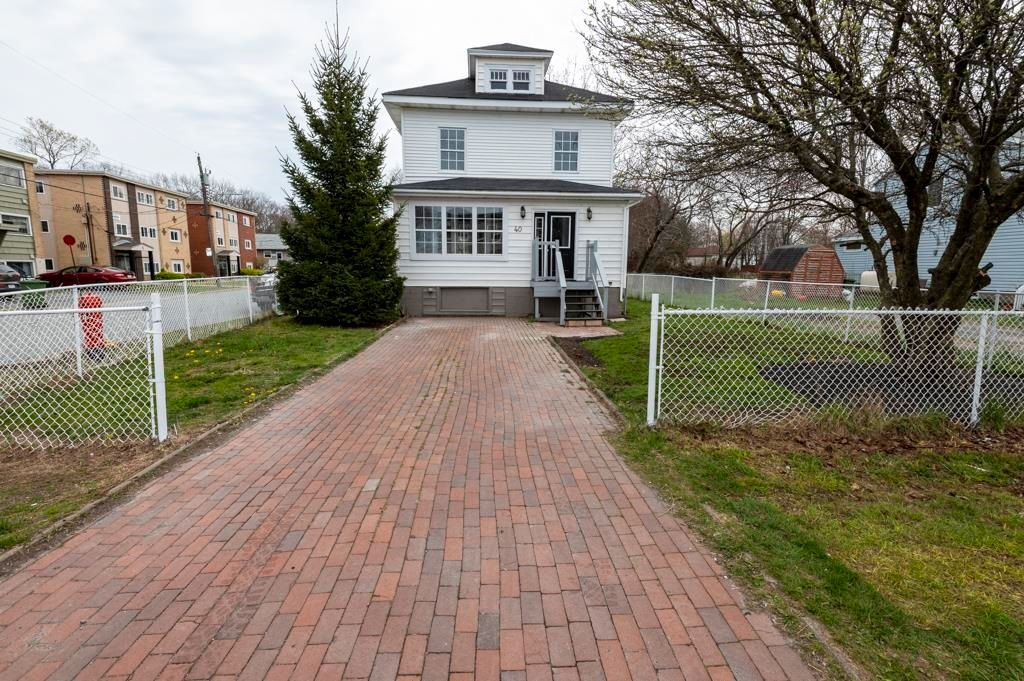Main Photo: 40 Irving Street in Woodside: 11-Dartmouth Woodside, Eastern Passage, Cow Bay Residential for sale (Halifax-Dartmouth)  : MLS®# 202111051