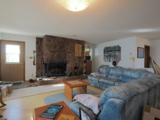 Photo 3: 68151 Road 34 W in Portage la Prairie RM: House for sale : MLS®# 202107756