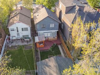 Photo 5: 917 4 Avenue NW in Calgary: Sunnyside Detached for sale : MLS®# A1111156