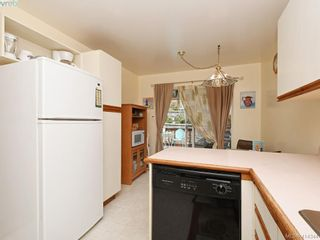 Photo 10: 596 Phelps Ave in VICTORIA: La Thetis Heights Half Duplex for sale (Langford)  : MLS®# 821848