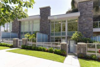 "Photo 1: 778 ARTHUR ERICKSON Place in West Vancouver: Park Royal Townhouse for sale in ""EVELYN - Townhome"" : MLS®# R2549236"