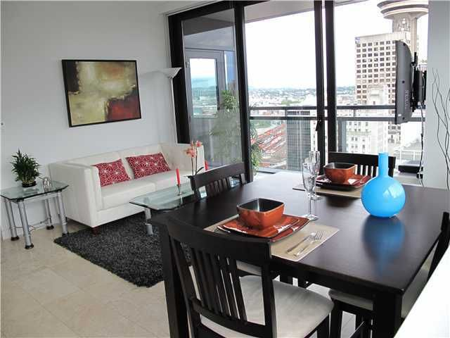 """Main Photo: 2403 838 W HASTINGS Street in Vancouver: Downtown VW Condo for sale in """"JAMESON HOUSE"""" (Vancouver West)  : MLS®# V984902"""