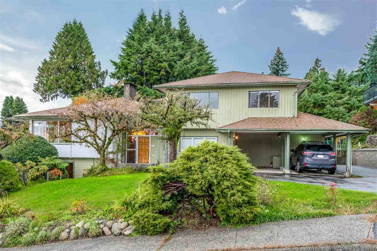 Main Photo: 788 TUDOR Avenue in North Vancouver: Forest Hills NV House for sale : MLS®# R2414818
