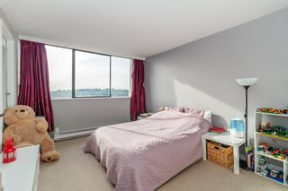 """Photo 11: 2007 9521 CARDSTON Court in Burnaby: Government Road Condo for sale in """"CONCORD PLACE"""" (Burnaby North)  : MLS®# R2524995"""