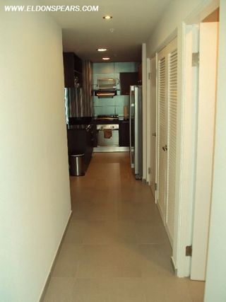 Photo 3: Luxurious furnished Apartment in Panama's exclusive Yacht Club Tower