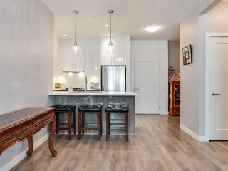 """Photo 6: 106 20829 77A Avenue in Langley: Willoughby Heights Condo for sale in """"The Wex"""" : MLS®# R2406414"""