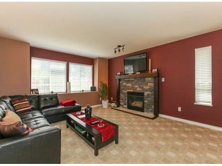"""Photo 4: 27111 122ND Avenue in Maple Ridge: Northeast House for sale in """"ROTHSAY HEIGHTS"""" : MLS®# V1067734"""