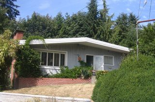 Photo 1: 1772 OTTAWA Place in West_Vancouver: Ambleside House for sale (West Vancouver)  : MLS®# V786516
